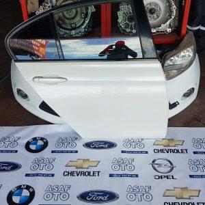BMW F30 Orjinal Çıkma sağ ön kapı - HATASIZ BOYASIZ BEYAZ