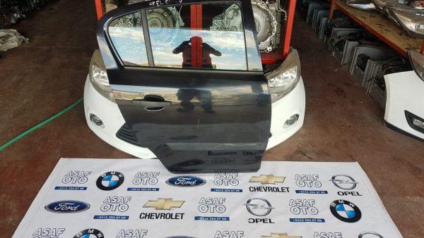 Opel Corsa D Çıkma Sağ Arka Kapı