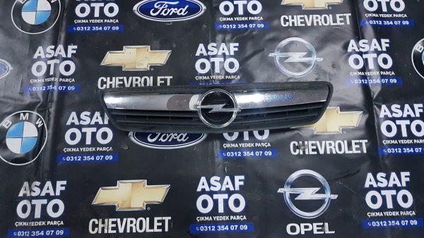 Opel Meriva Çıkma Ön Panjur